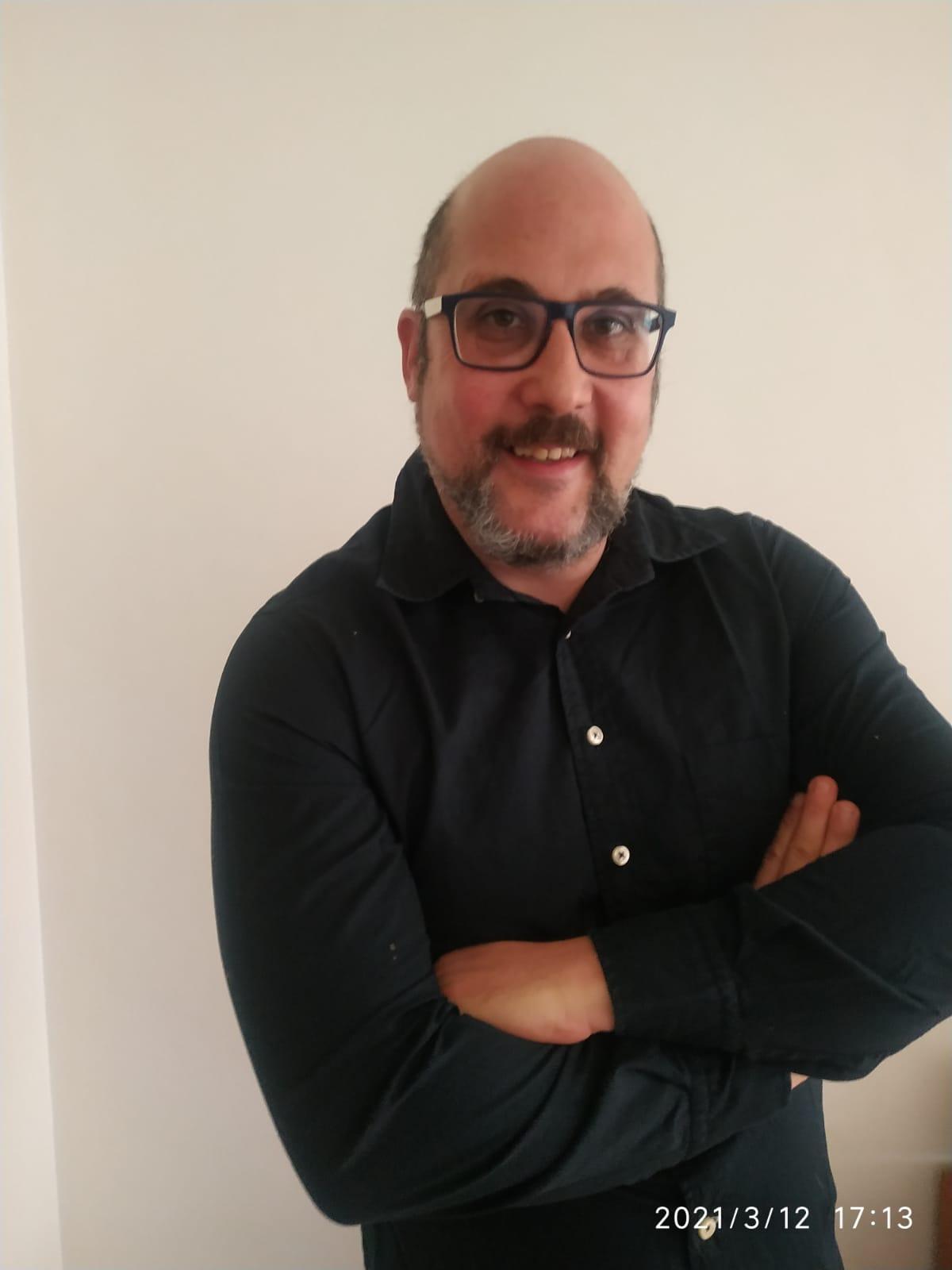 Alejandro Calderón